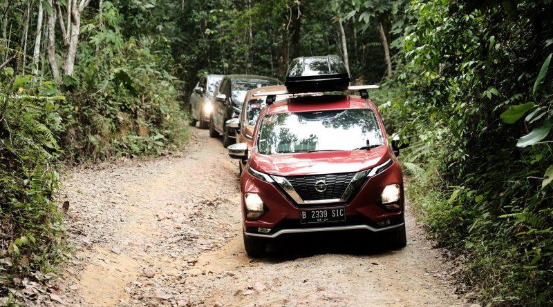 3 - All New Nissan Livina mampu melewati medan menantang menuju BOSF