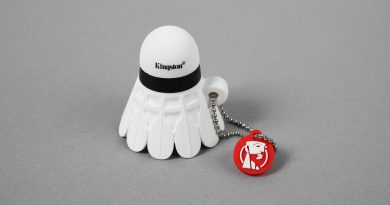 Kingston Limited-Edition Badminton USB Drive - 3